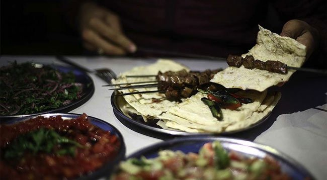 Yurt İçi Seyahatlerinde Aslan Payı 'Yeme ve İçme'nin