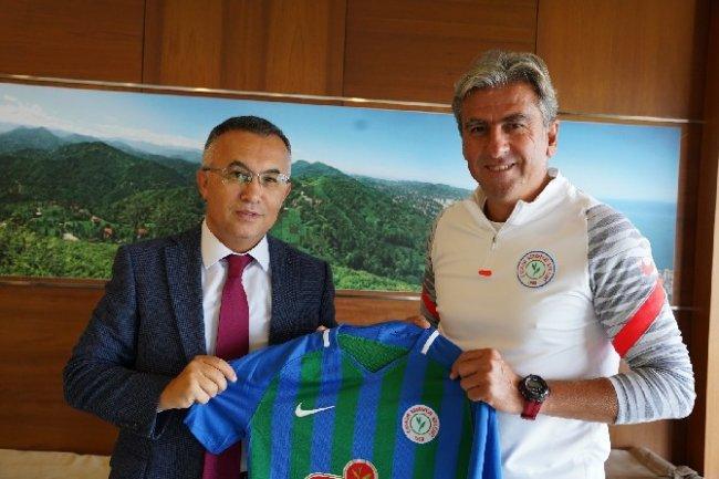 Vali Kemal Çeber'den Çaykur Rizespor'a Ziyaret